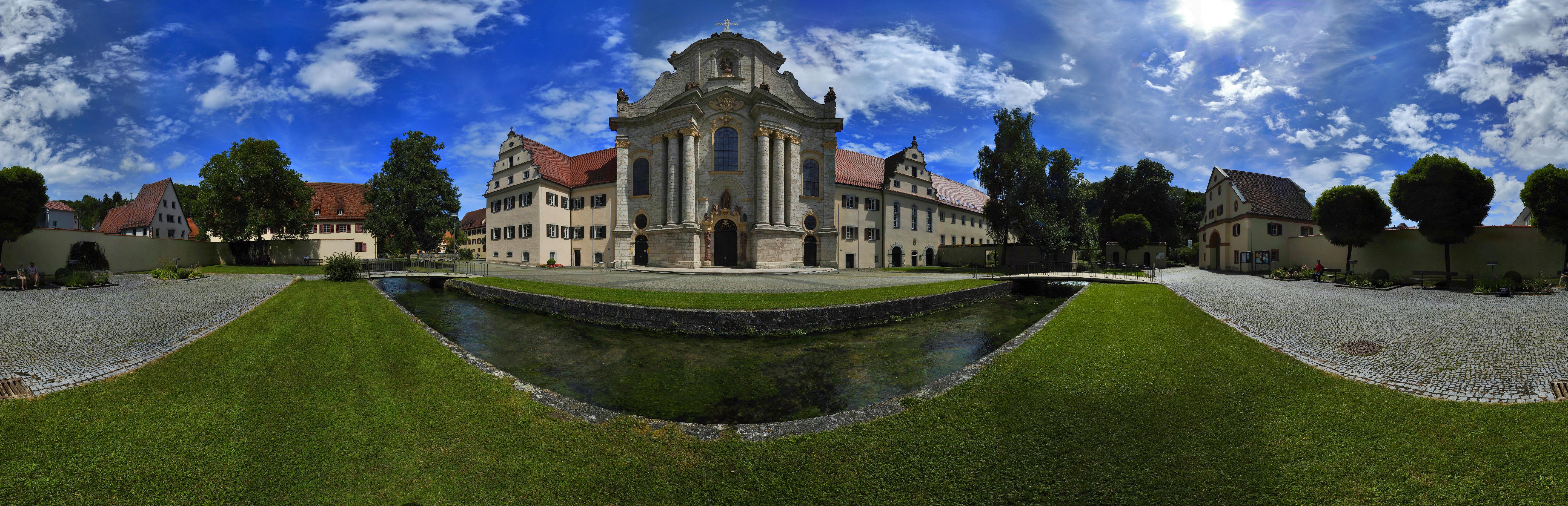 360° Kloster Zwiefalten - aus 48 Einzelaufnahmen