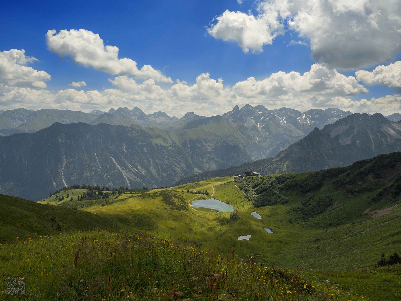 Im Gebirge gibt\'s Seen