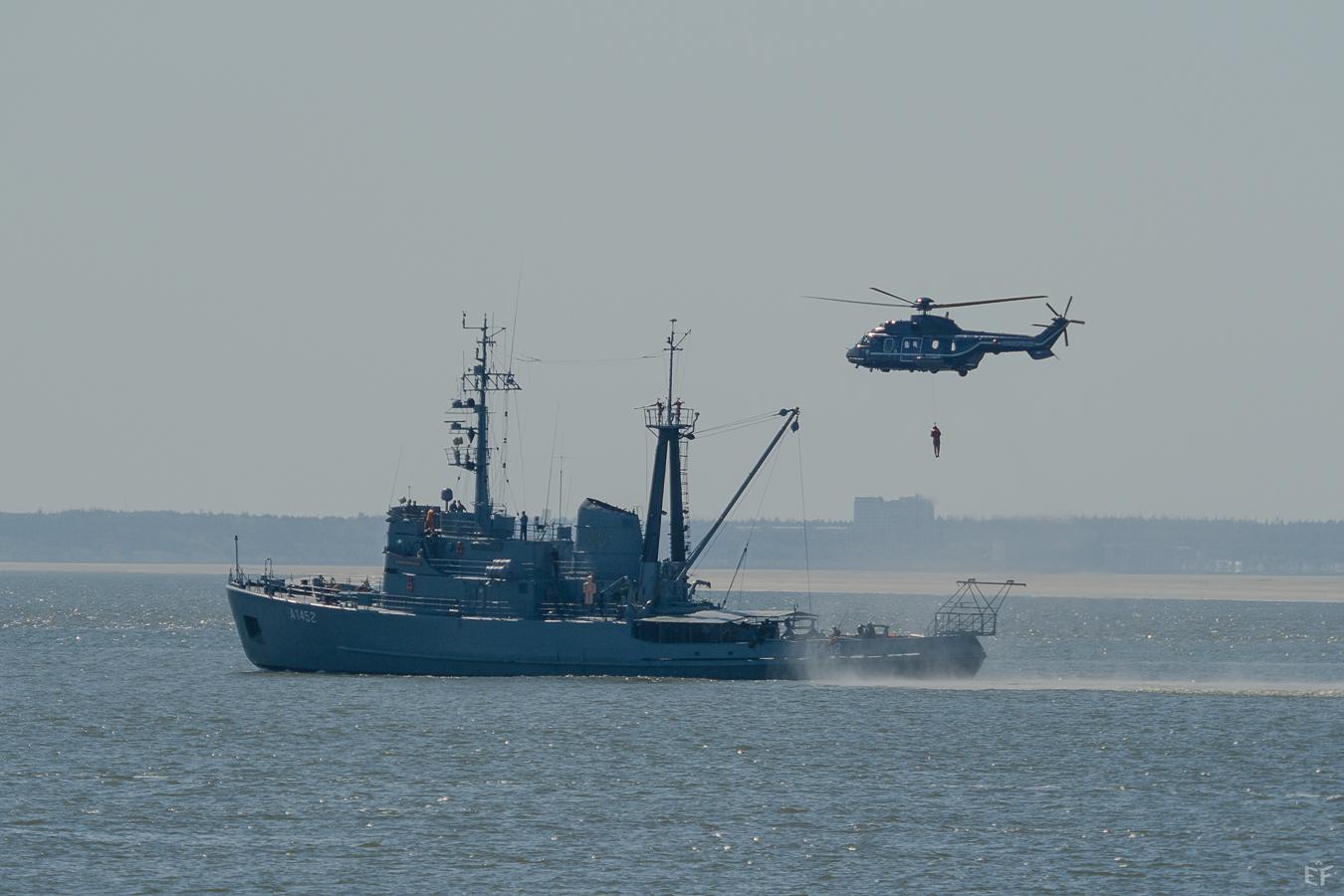 Tag1 Die Marineübung